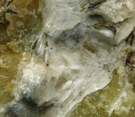 Lizardite Example of Serpentine. Click image for more info.