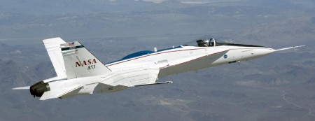 NASA's FA 18 Full Scale Advanced Systems Testbed Aircraft.  Click image for more info.