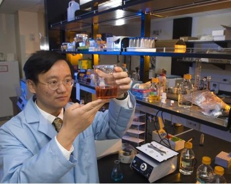 Y.H. Percival Zhang, Virginia Tech Associate Professor of Biological Systems Engineering in the College of Agriculture and Life Sciences and the College of Engineering.  Click image for the largest view.